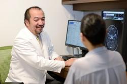博多の脳神経外科なら【よしむら脳神経外科・頭痛クリニック】!名医たらずとも良医たれという理念に基づく患者様に寄り添った診療が特徴